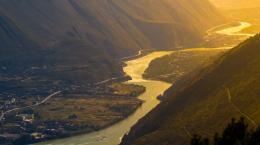 点击打开景区内景点:大渡河的详细介绍…