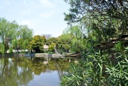 点击打开景区内景点:张陵公园的详细介绍…